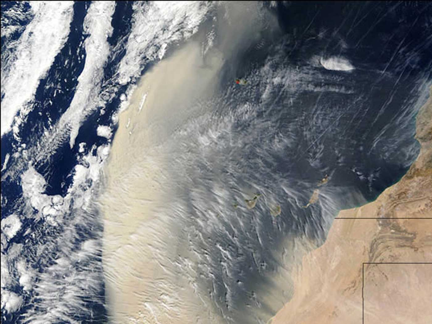 Saharan Dust Cloud Strikes United States
